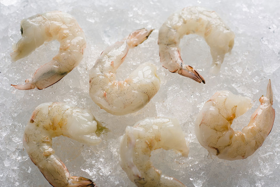 white-shrimp-meat-chilled-wild-1